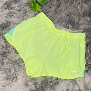 🔥 Nike Dry Fit Neon color shorts 🔥